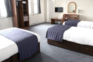 leeds-cheap-hotel-quad-room